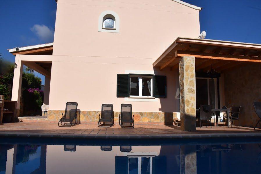 Mallorca zum Wohlfühlen - Großes Ferienhaus mit Pool für 2 - 8 Personen